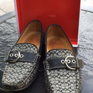Classic coach print loafers
